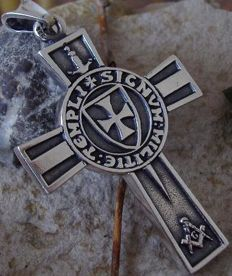 30 Grams Sterling Silver 925 stamped two sided Knights Templar Cross 21st century pendant - 4,5cm x 6,0cm ( 5mm thick)