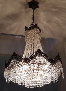 Chandelier with a total of 1848 Swarovski crystals