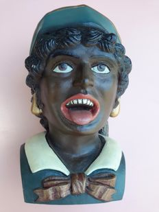 Heavy hand-painted Dutch pharmacist gaper (yawner), 1960s-1970s, by Intec B.V. Veenendaal.