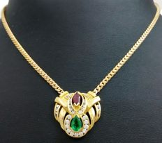 Yellow gold choker with droplet cut emerald weighing 0.46 ct and a marquise cut ruby weighing 0.40 ct - Weight: 13.86 g.