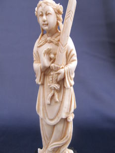 Ivory statue goddess - China - Early 20th century