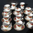 Check out our Ceramics auction (International)