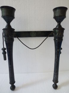 Antique bronze wall candle-holder
