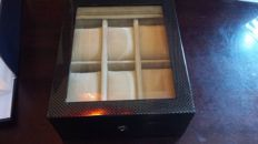 Solid wood box for 6 wristwatches.