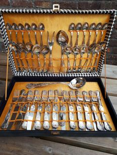French cutlery case for 12 people, 51 pieces silver plated art deco ca 1930