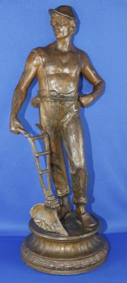 Statue of a man with a plough - zamac - France - approx. 1900