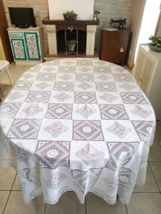Hand embroidered tablecloth - Italy - 1970s.