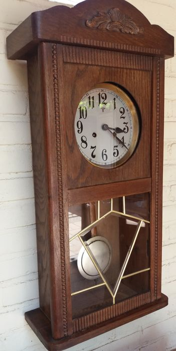 Box regulator clock – ca. 1930-1935