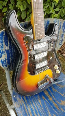 Teisco / Kawai electric guitar from the 1960s