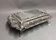 Impressive very large silver plated double serving tray on four claw feet, Poole, U.S.A, ca. 1900