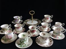 Royal Albert 23 pieces of English porcelain.