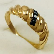 Ring in 18 kt yellow gold with sapphires – Size: 16/56 - No reserve price