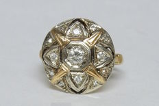 Impressive Antique Gold Ring with Round Plateau and Star Pattern Paved with Diamonds (0.53 ct) including 0.33 ct central Diamond