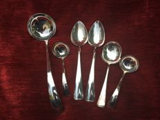 54 piece silver plated cutlery