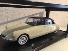 Norev - Scale 1/18 - Citroen DS19 - Beige