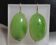 Sterling Silver 925  and cabochon cut Nephrite earrings