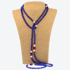 18k/750 yellow gold necklace with sapphires, rubies and cultured pearls - Length:160 cm.