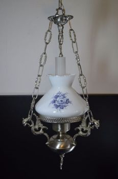 "White-glass ceiling-lamp with Dutch blue flower design ""oil lamp style"""