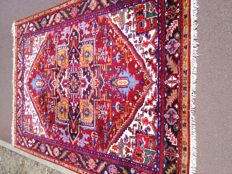 Georgous hand knotted Indo heriz carpet in top condition, size245×180cm.