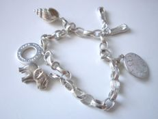 Thomas Sabo charm bracelet with 4 Thomas Sabo pendants, everything made of 925 silver.