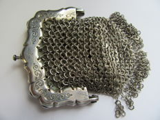 Silver mesh purse, Biedermeier model, the Netherlands, around 1850