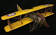 Large plane with front propeller made of sheet metal - Italy - 21th century - Replica of an early 20th century model,