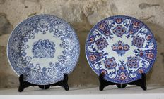 Set of two plates - Gien - 1871 - numbered