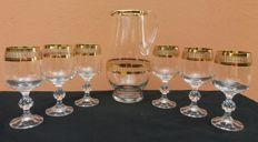 Complete set of 6 glasses and 1 jug with 24 K gold zigzag band -France - 1920 ca.