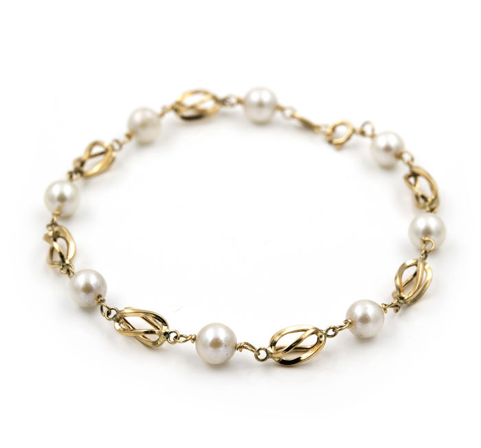 Yellow gold (18 kt) – Bracelet with birdcage links – Akoya pearls – Length: 19 cm