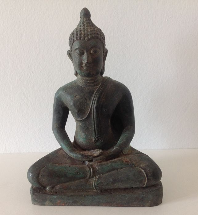 Seated Ayuthaya Buddha bronze - Thailand - mid-20th century.
