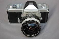 Nikkormat FTN with  Nikkor-N.C auto 1:2.8 f = 24mm no. 371167