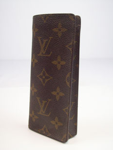 Louis Vuitton – glasses case