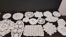 25 Pieces of crocheted table cloths
