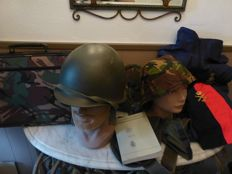 "Lot of Dutch Army items (""Koninklijke Landmacht"")"