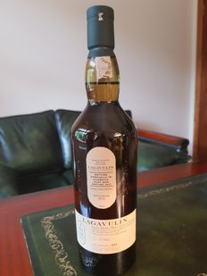 Lagavulin 2016 Islay Jazz Festival Bottle  abv   54.5%  A collectable bottle released during their 200th Anniversary year