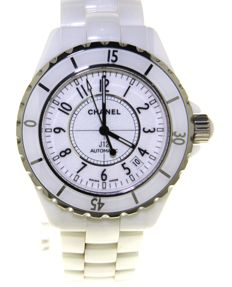 Chanel J12 - Ladies wristwatch  - (Our internal #7479)