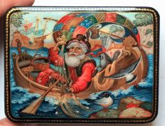 "Russian lacquer box - ""Palekh Miniature"" – ""Based on the fairy tale about the Fisherman and the Goldfish""  - Dimensions: 10 cm x 8 cm x 3 cm"
