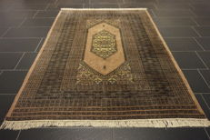 Hand-knotted collector's carpet, oriental carpet, Bukhara Jomut, 140 x 210 cm