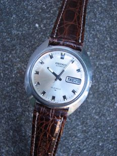 Seiko 7006-7100 – Wristwatch
