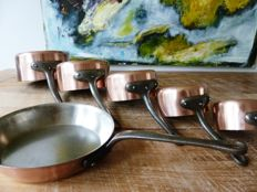 set of five copper pans + a frying pan