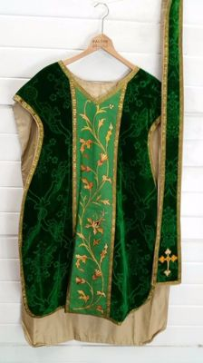 Liturgical robes of velvet with gold thread and stole - Chasuble -20th century