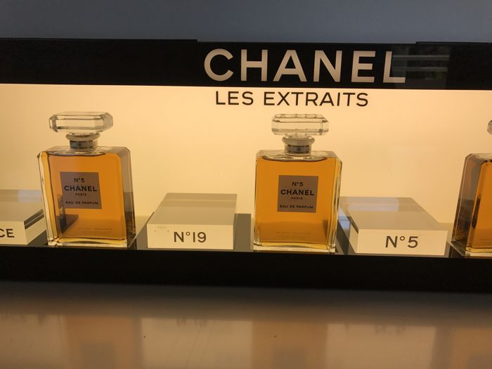 Authentic Large Light Up Perfume Display Cabinet   Chanel   France, 1980s