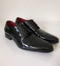 Oger - Patent leather shoes