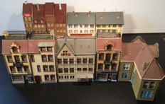 Faller/Kibri/Vollmer/and others - H0 - Old town houses, mansions, bank and shops