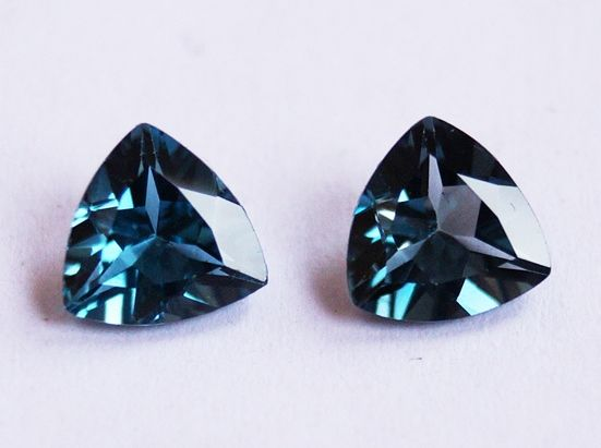 Topaz - London Blue - 1.13 ct, 1.35 cts ( 2 pcs)