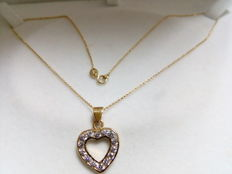 18 kt yellow gold heart pendant with zirconias 40 cm