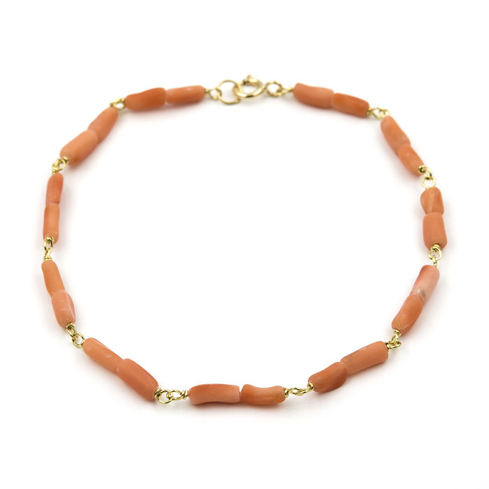 Yellow gold 18 kt/750 - Bracelet - Corals - Length: 18 cm (approx.)