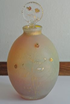 Daum Frères - Glass bottle with etched decoration of thistles