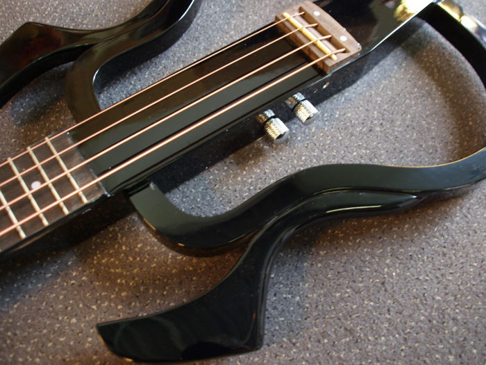 New Silent bass, can be played with headphones or amplifier, black, travel bass