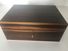 Important humidor in rosewood veneer - the 1980s France